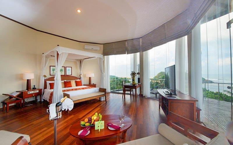 Paradise Penthouse